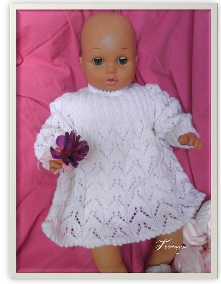 Relative Tricot et compagnie: Robe blanche ajourée pour bébé UH49