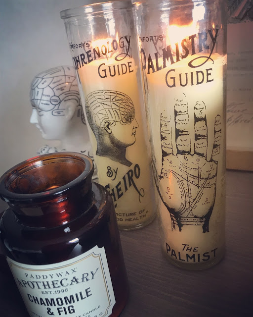 phrenology hand, annelies design, doftljus, ljus, inredning, nätbutik,