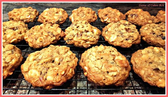Cookies de Avena, Dátiles y Anacardos recién hechas!