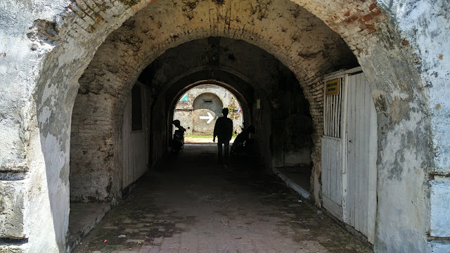 Pintu masuk Benteng Fort Willem II Ambarawa Semarang