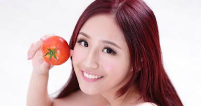 Atasi Jerawat dan Komedo dengan Masker Tomat