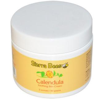 كريم للبشرة طبيعي ذو رائحه حلوه بنكه عسل المونيكا
