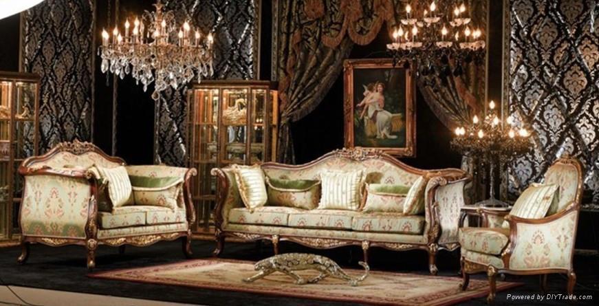 Meryem Uzerli: Royal Sofa Set