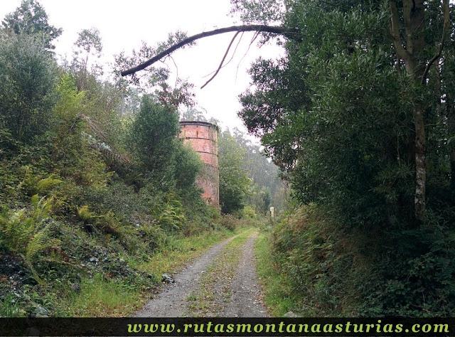 Ruta Das Minas PR AS-182: Llegando al horno de la mina
