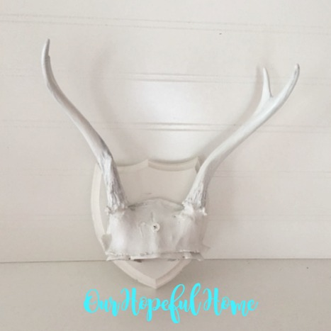 DIY boho flower antler decor white spray paint