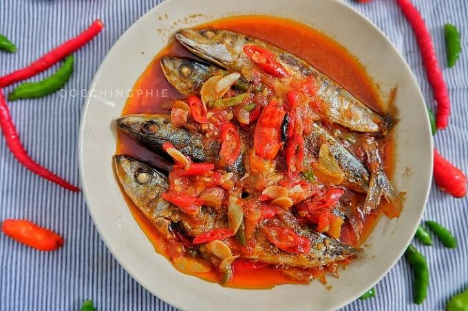 Resep dan Cara Membuat Ikan Layang Saus Sarden  Praktis