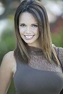 Jamie Murray S Wife Alejandra Gutierrez Happily Smiling At The Camera