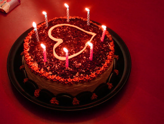 Find the Yummy Cake Through Online to Surprise Your Loved One