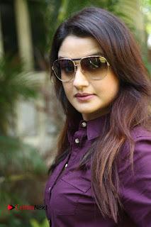 Vincent Asokan Sonia Agarwal Akhil Saran Nayana Starring Yevanavan Movie Stills  0013.jpg