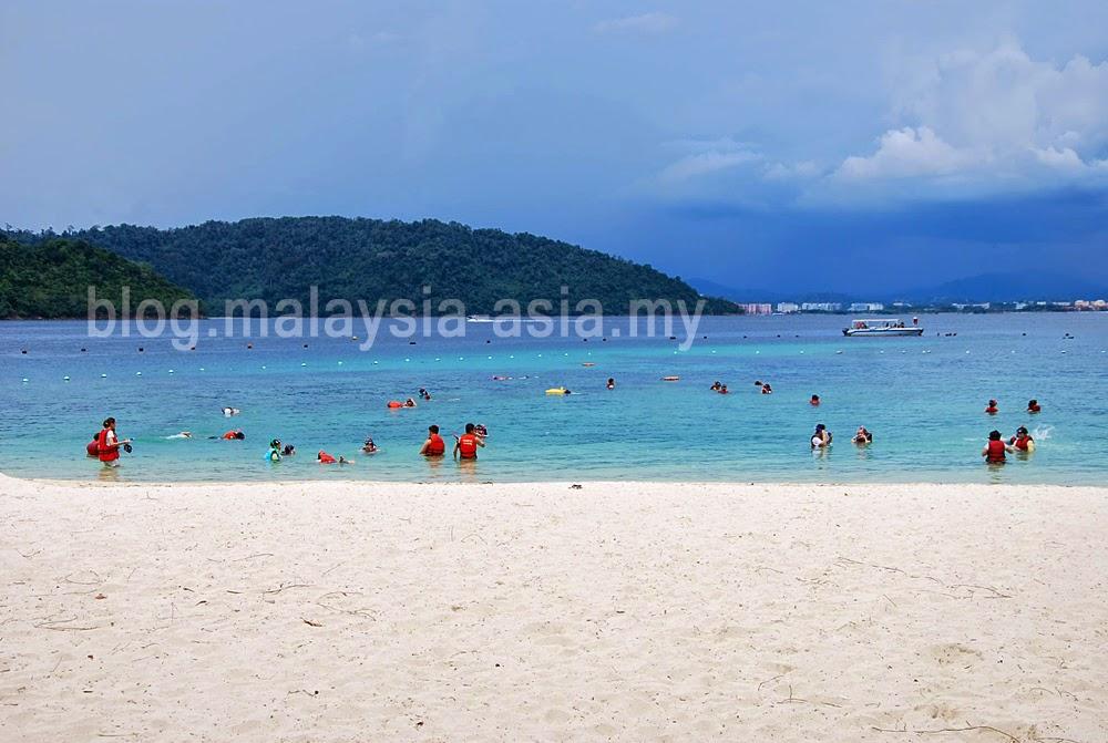 Sapi Island Beach Photo