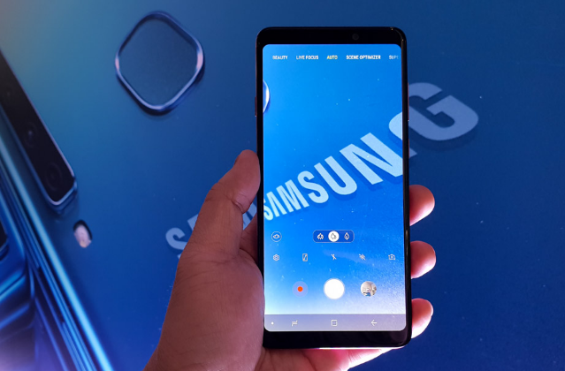 Galaxy A9 (2018): Samsung's Clever Four Play