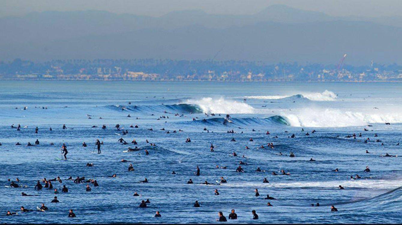 crowded_surf