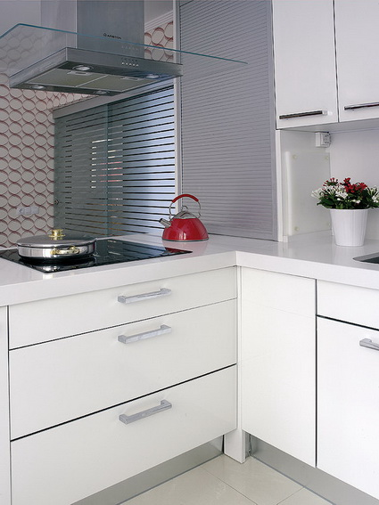 5 simple tips for decorating small kitchens 6