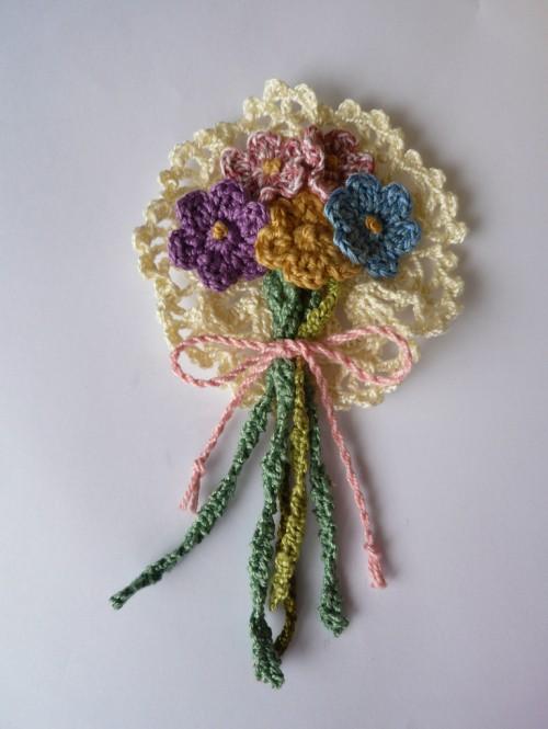 Little Doiley Flower Corsage - Free Pattern