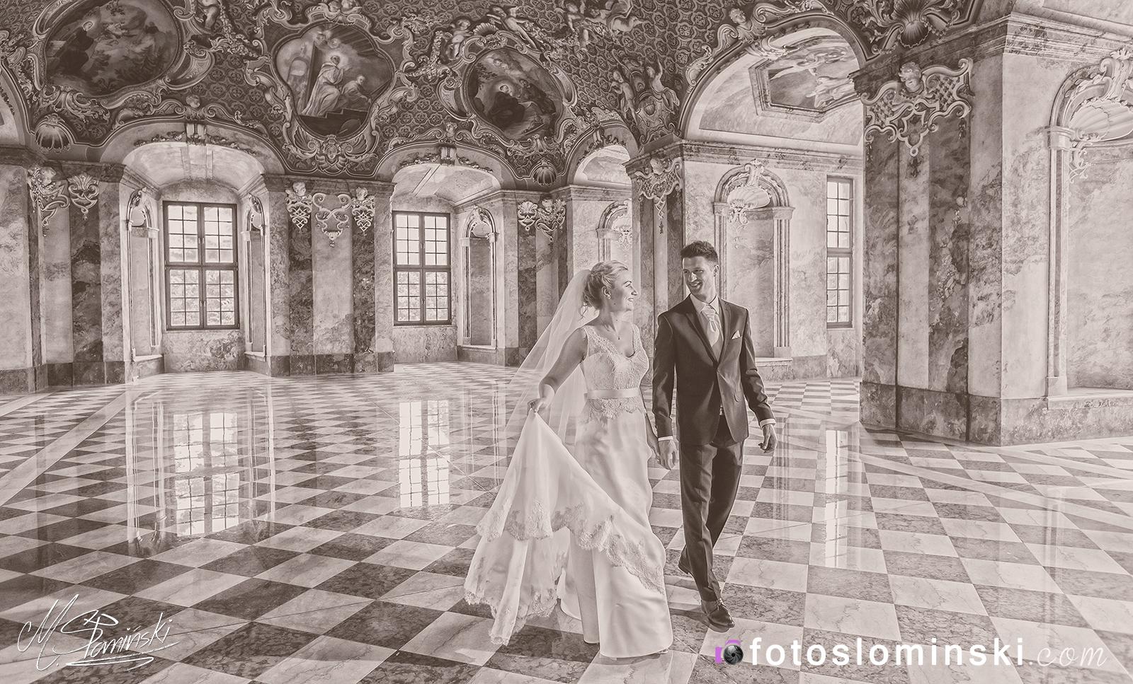 Czarno-Białe zdjęcia ślubne ? Sesja ślubna Lubiąż - Fotograf Wrocław #ZdjęciaSłomińskiego Zdjęcia Słomińskiego.