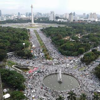 Peserta Aksi Super Damai Bela Islam 212 Mencapai 7,5 Juta Orang