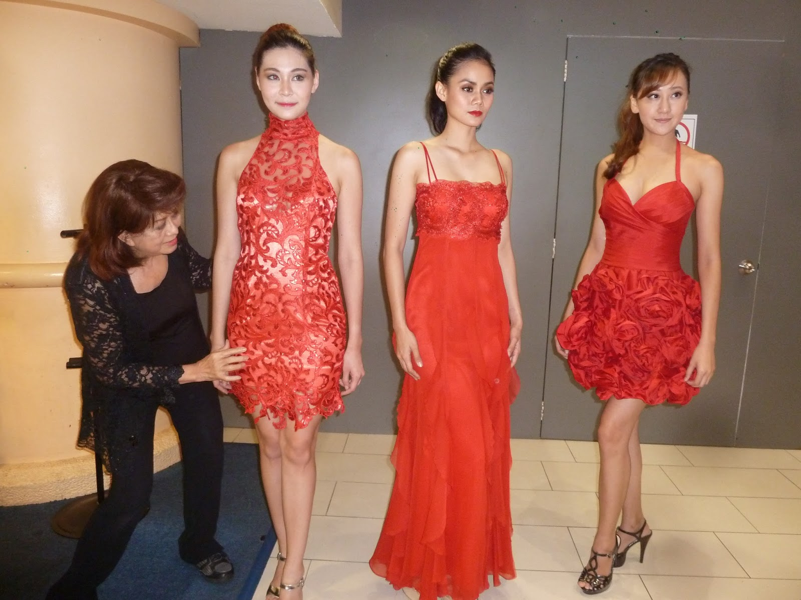 Kee Hua Chee Live Annie Wong Founder And Principal Of Iftc International Academy Of Fashion And Design Shows Red Couture Gowns At Sungai Wang Plaza On 27 November 2015