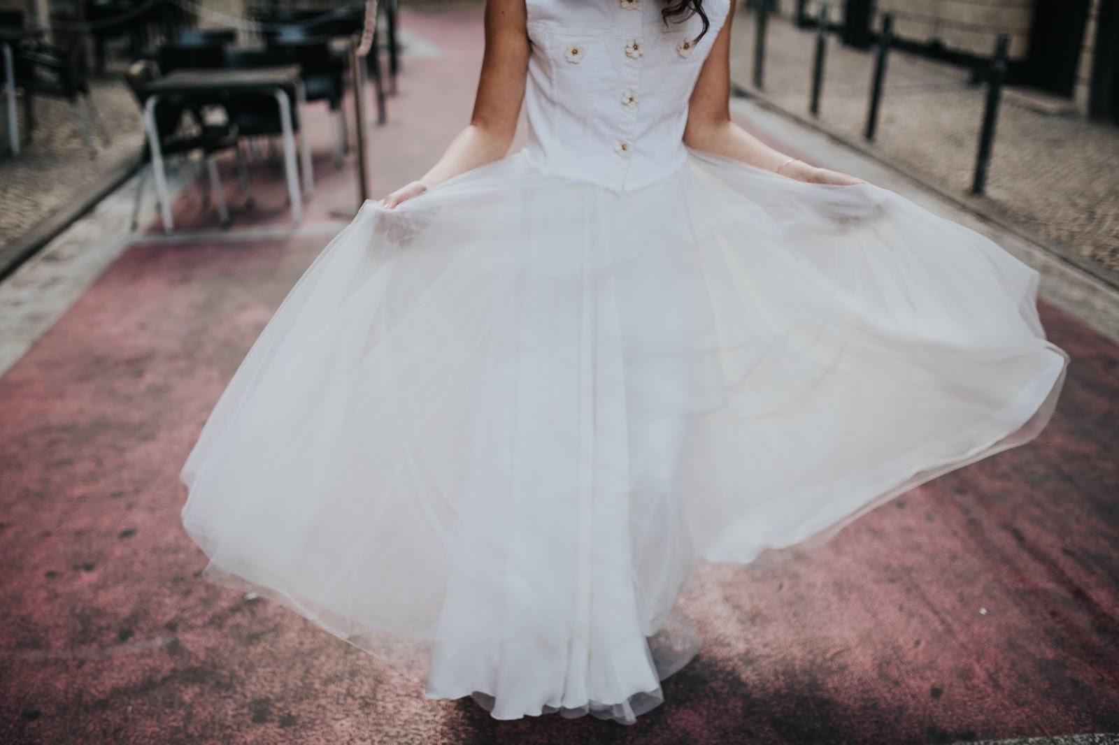 beautiful skirt wedding
