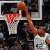 Horford se luce en victoria de Boston frente Detroit