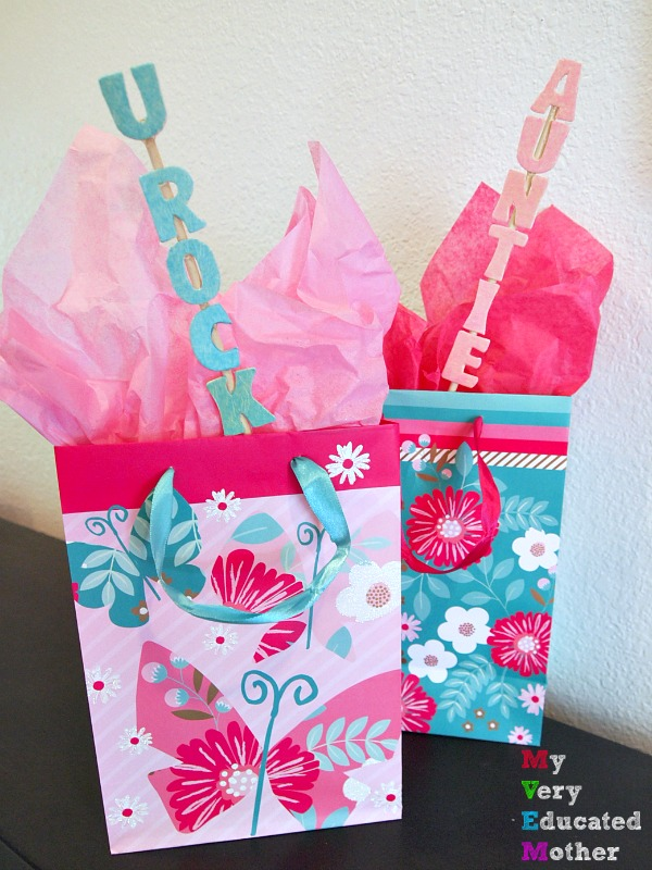 Tissue Paper Gift Bag Picks