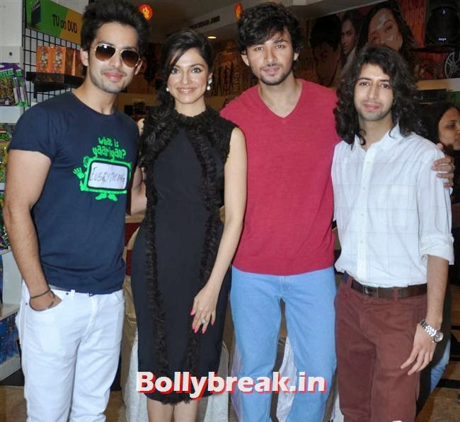 Shreyas Pardiwalla, Divya Khosla, Himansh Kohli and Dev Sharma, Divya Khosla at Yaariyan DVD Launch