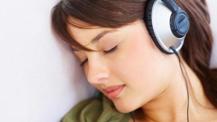 Memberi sebuah ucapan selamat tidur kepada kekasih atau buat pacar adalah salah satu hal  Kumpulan Ucapan Selamat Tidur Alay Untuk Pacar