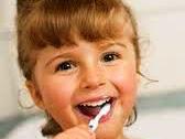 Tips Sederhana Merawat Kesehatan Gigi Anak Anda