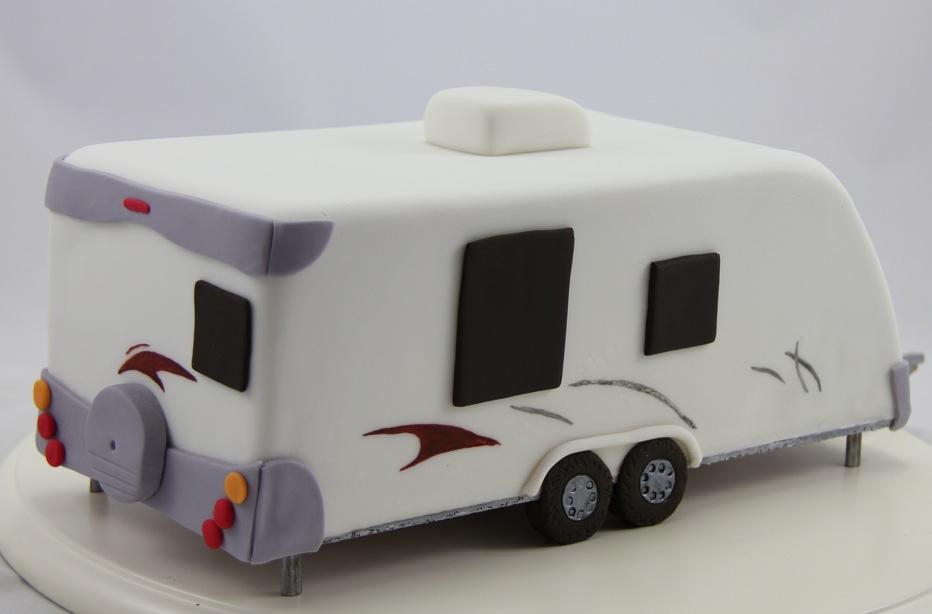 Easy Caravan Cake