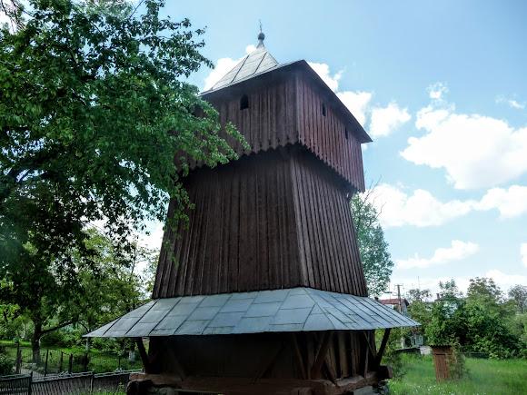 Дрогобыч. Церковь святой Параскевы. 1815 г. УАПЦ. Колокольня