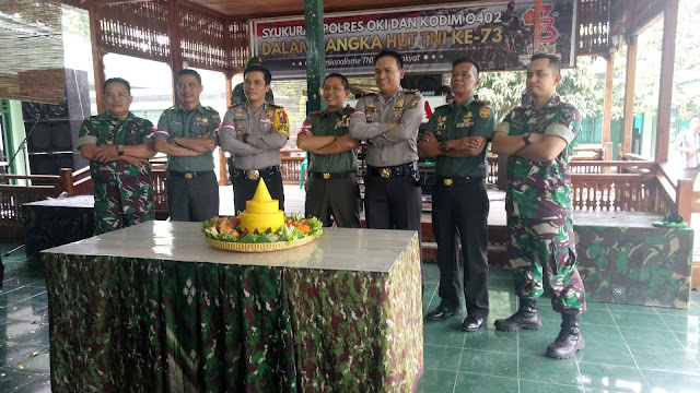 Puluhan Anggota Polres OKI Sambangi Makodim 0402