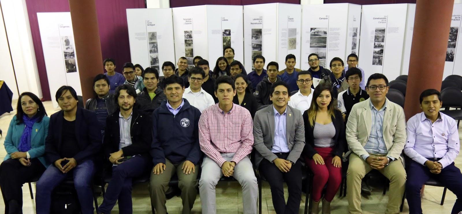 Jóvenes líderes de proyectos peruanos se reunieron en conversatorio