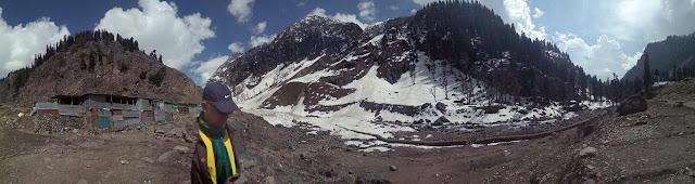 chandanwari valley panaroma mountains amarnath yatra kashmir india