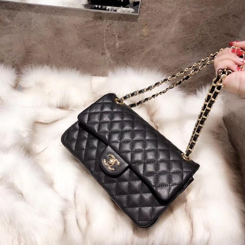 6f51e5ea1648 CHANEL Classic Handbag Grained Calfskin   Gold-Tone Metal A01112 Y01864  C3906