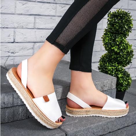 Sandale dama cu talpa joasa groasa albe din piele eco model nou