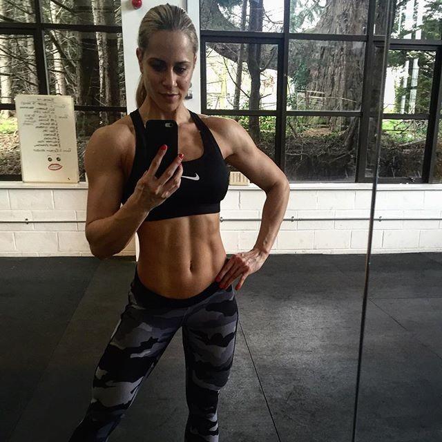 Fitness Model Helga Stibi @helgastibi Instagram photos