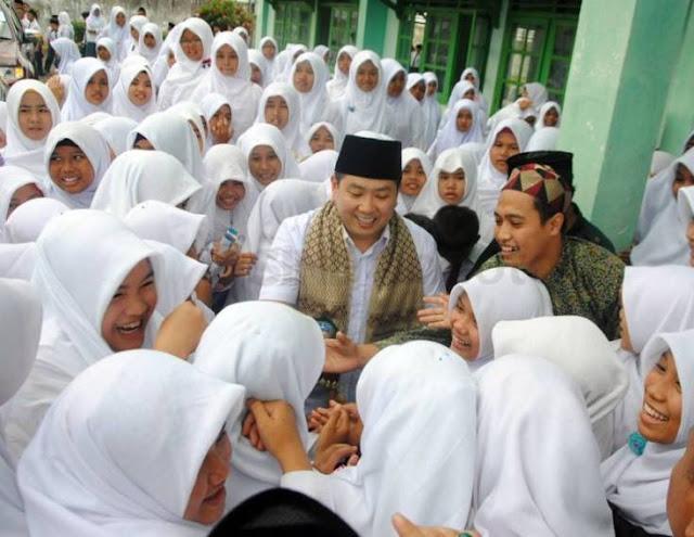 Lakukan Safari Ramadhan, Hari Tanoe Ajak Santri Manfaatkan Momentum Bulan Ramadhan
