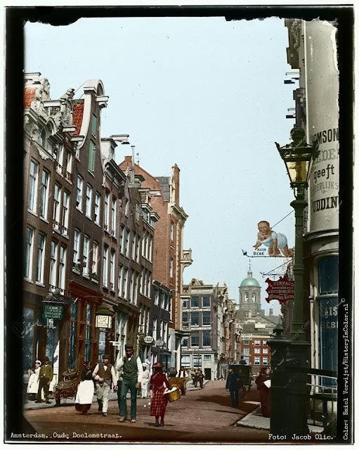 Amsterdam, Oude Doelenstraat. Jacob Olie