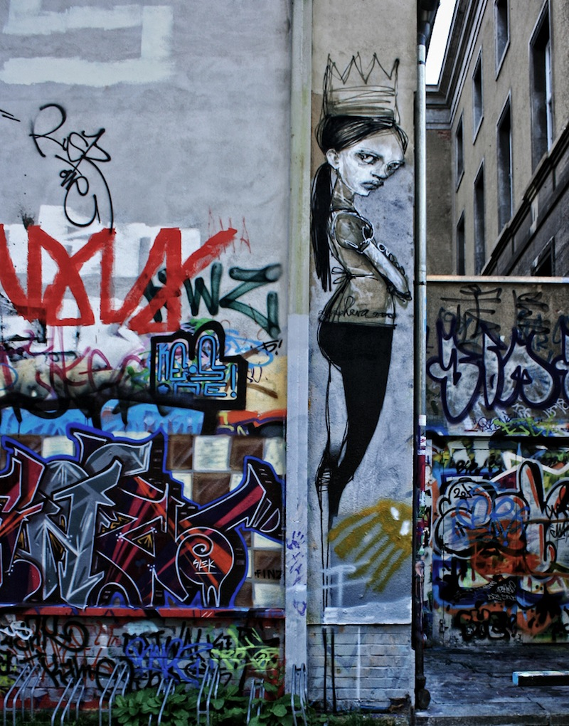 Mama Knows: Herakut. Street Art.