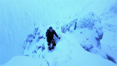 Ben Nevis, Ledge route winter.