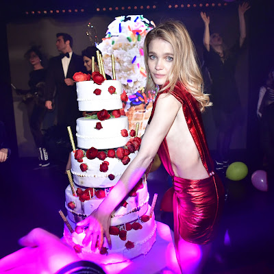 Top Russian Model Natalia Vodianova hd wallpapers free downloads