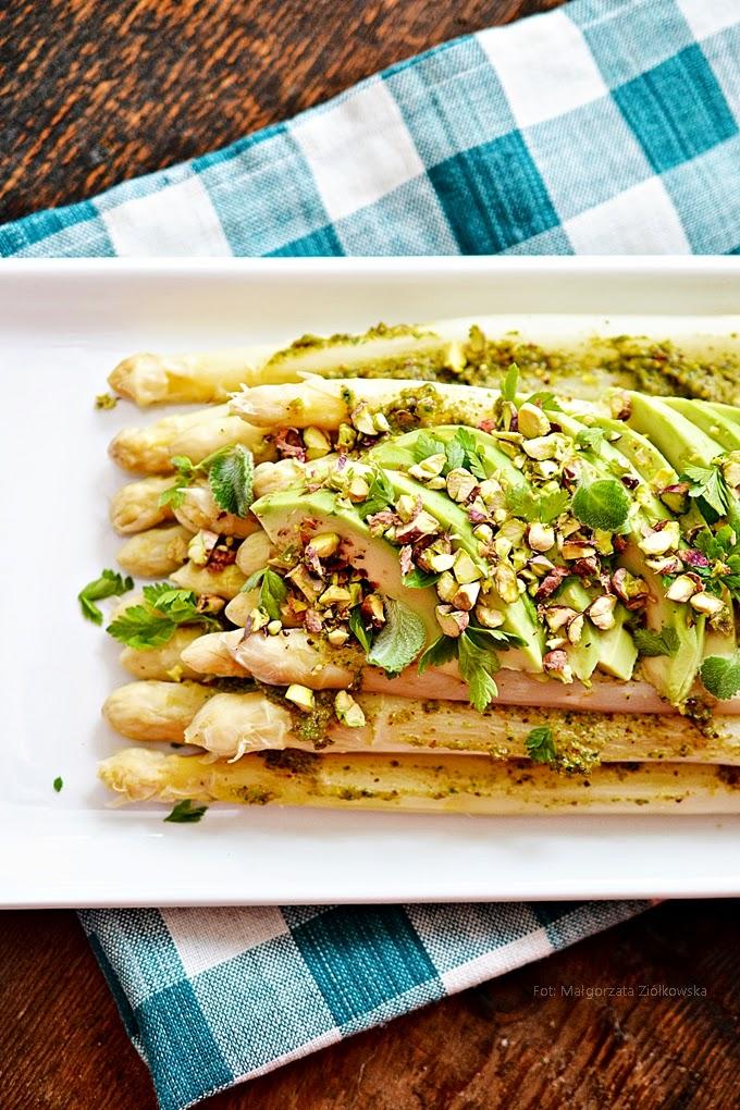 A było to! ...szparagi pistacjowe z awokado