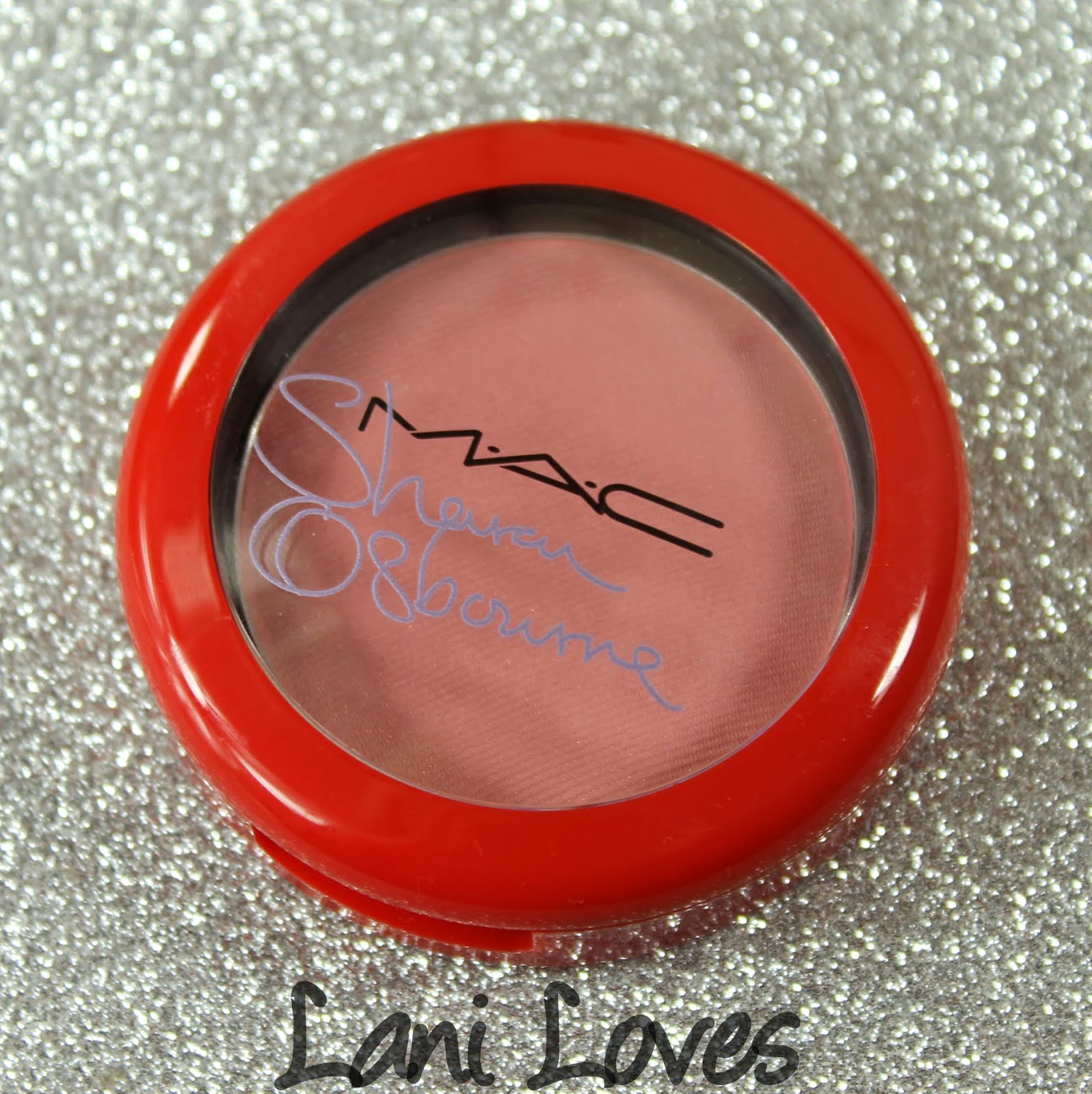 MAC Monday: MAC X Osbournes - Peaches & Cream Swatches & Review