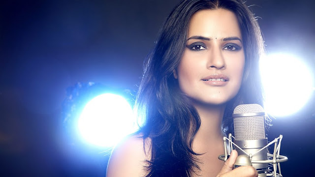 Sona Mohapatra Live in Concert at Phoenix Marketcity
