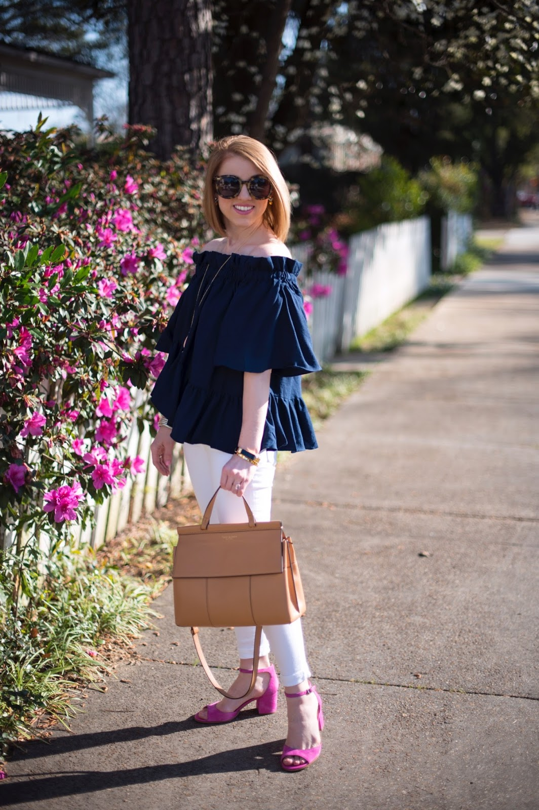 Spring outfit inspiration - Click through to see more on Something Delightful Blog!