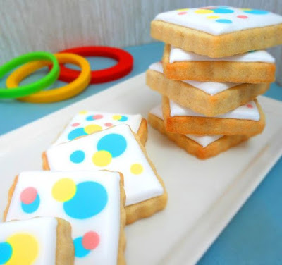 http://www.mycookieclinic.com/2016/01/confetti-cookies-first-birthday.html