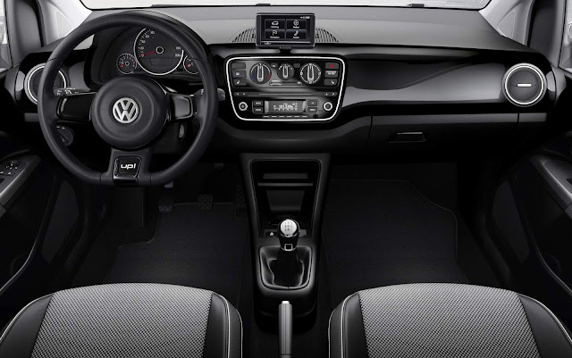 Volkswagen Up! - interior - painel