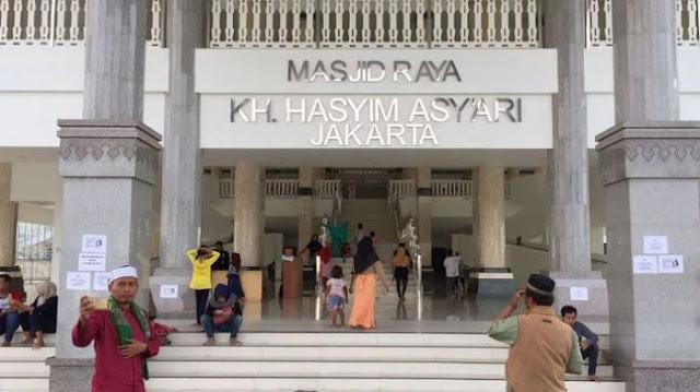 Walau Dituduh Mirip Salib Oleh Sumbu Pendek, Masjid KH Hasyim Asyari Selalu Ramai Dikunjungi Umat Islam