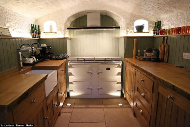 Кухня в печері