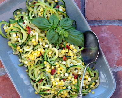 Chilled Zucchini Noodle Salad with Pesto, Sweet Corn & Sun-Dried Tomato, another easy summer salad ♥ AVeggieVenture.com. Vegan. Gluten Free.