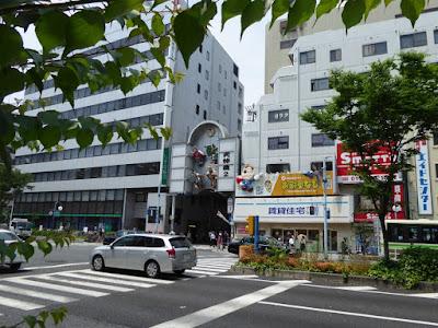 JR東西線『大阪天満宮駅』3号出口を出て西へちょっと移動したところ